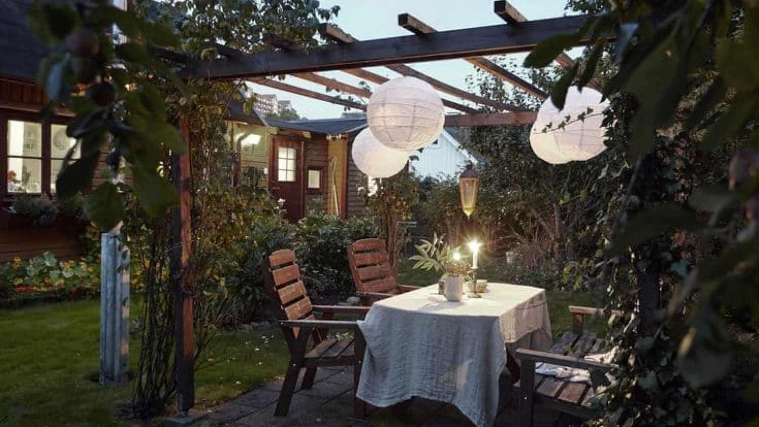20 AWESOME Pergola Ideas & Covers For Your Backyard