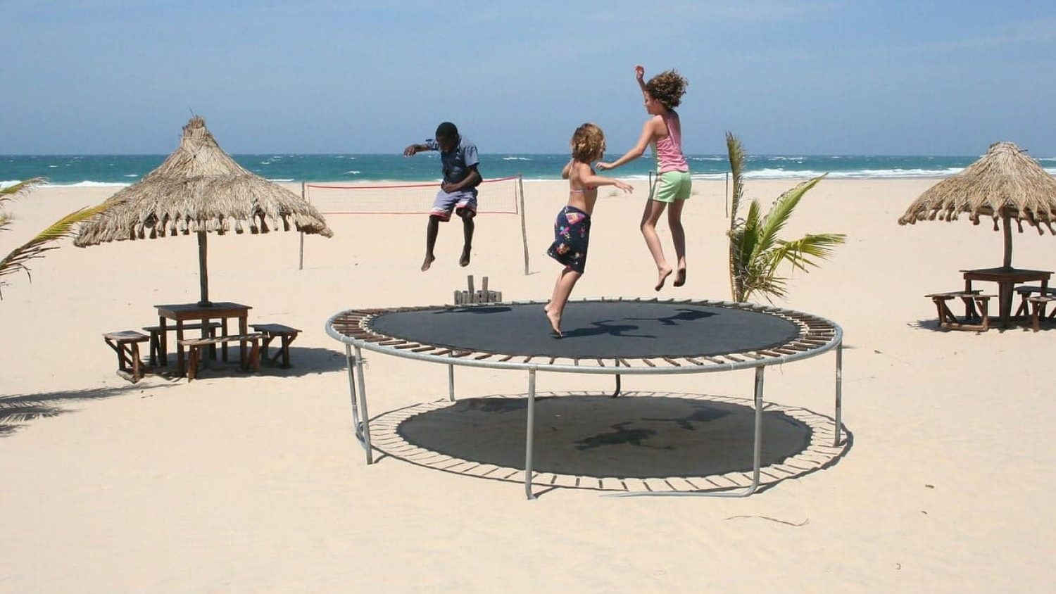 8ft Trampoline vs 10ft Trampoline – Which One Should You Buy?
