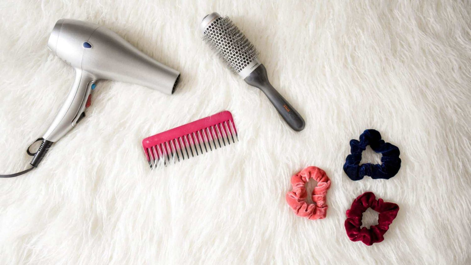 Hair Dryer or Hair Straightener – Which is Better?
