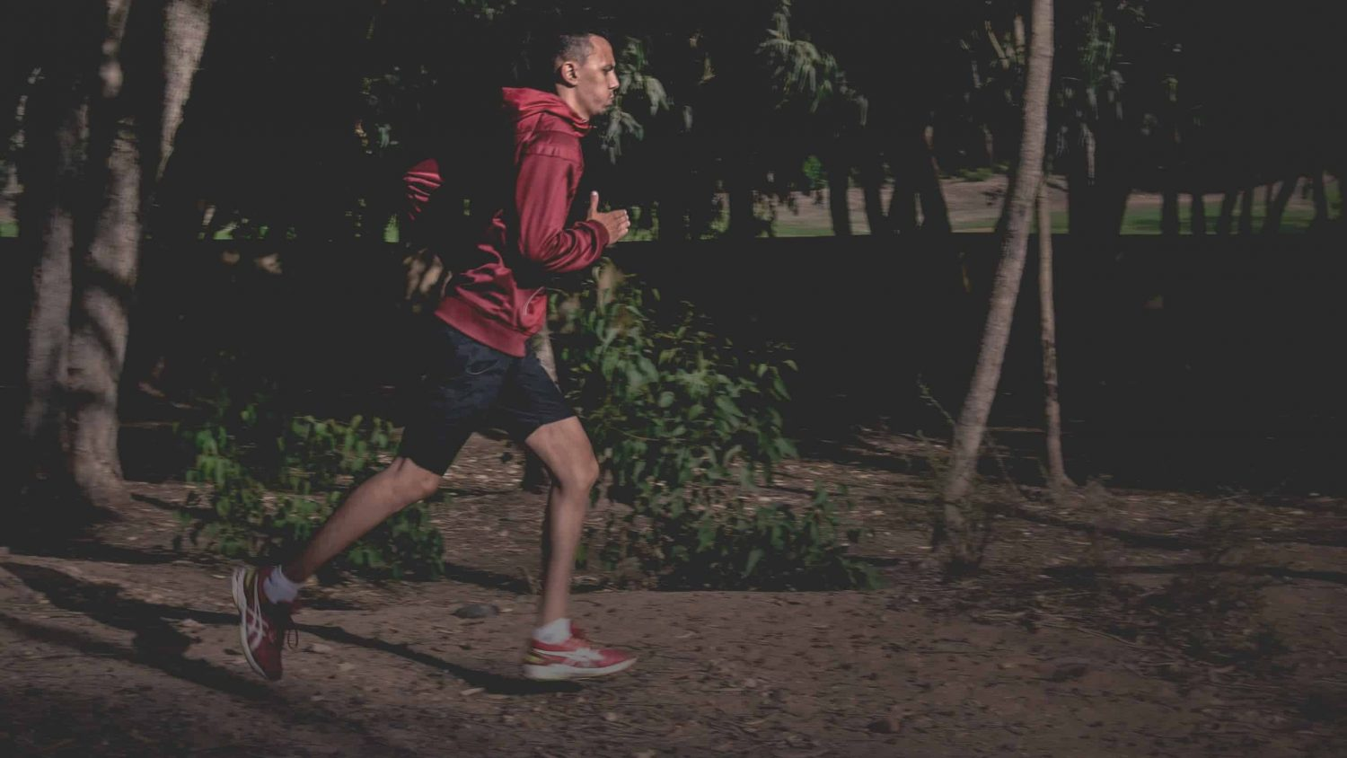 The Best Running Jacket Guide 2021 – Find the Perfect Fit for the Runner in Your Life